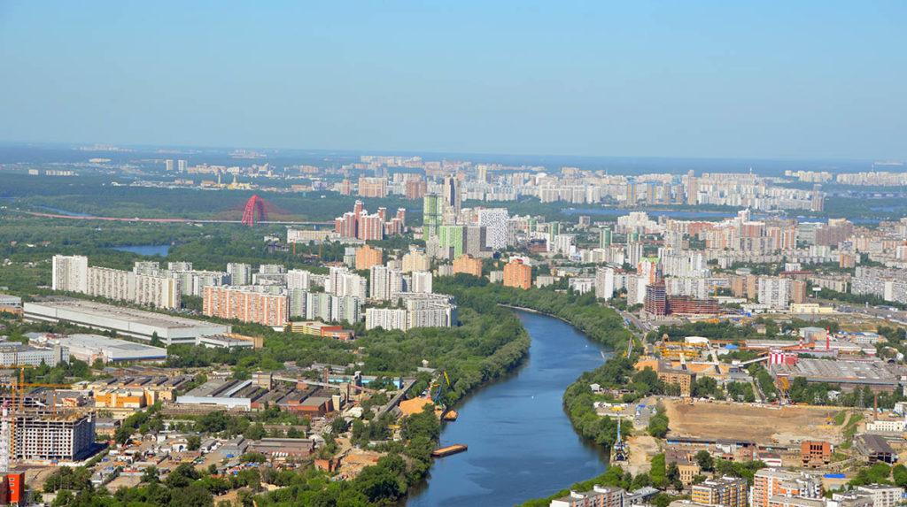 Жилые новостройки Москвы рекордно дорожают в рублях